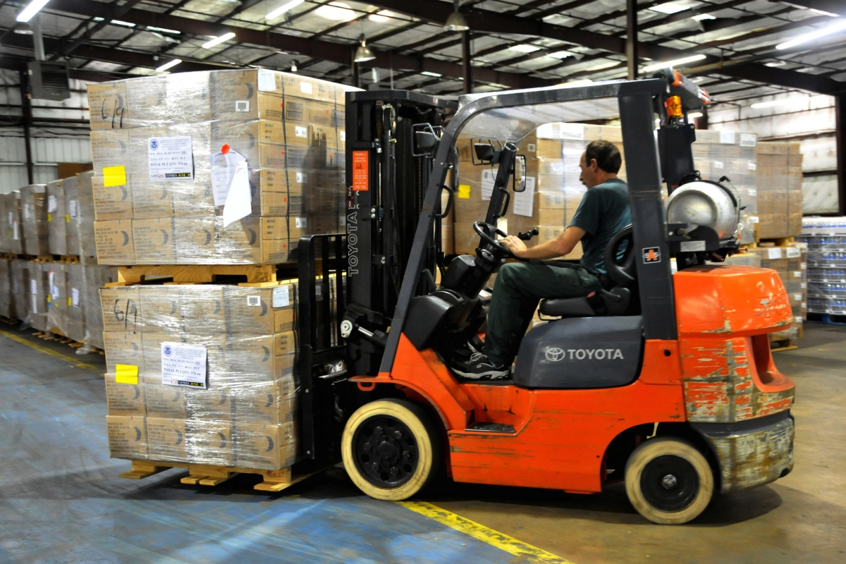 """20 Important Safety Tips for Forklifts (Infographic)"""